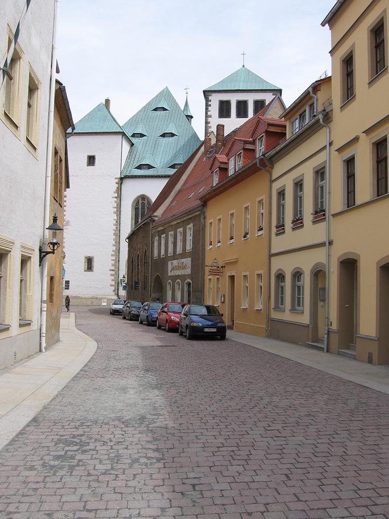 06-Freiberg-Strasse-zum-Dom